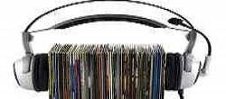 Karaokemaker - discs with headphones on