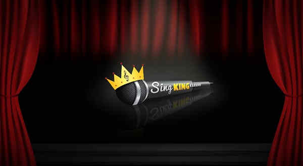 Sing King Karaoke - microphone on stage
